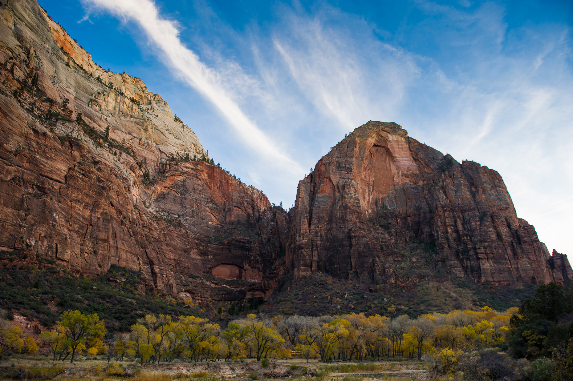 Landscape Photography - Zions National Park Cliffs Utah
